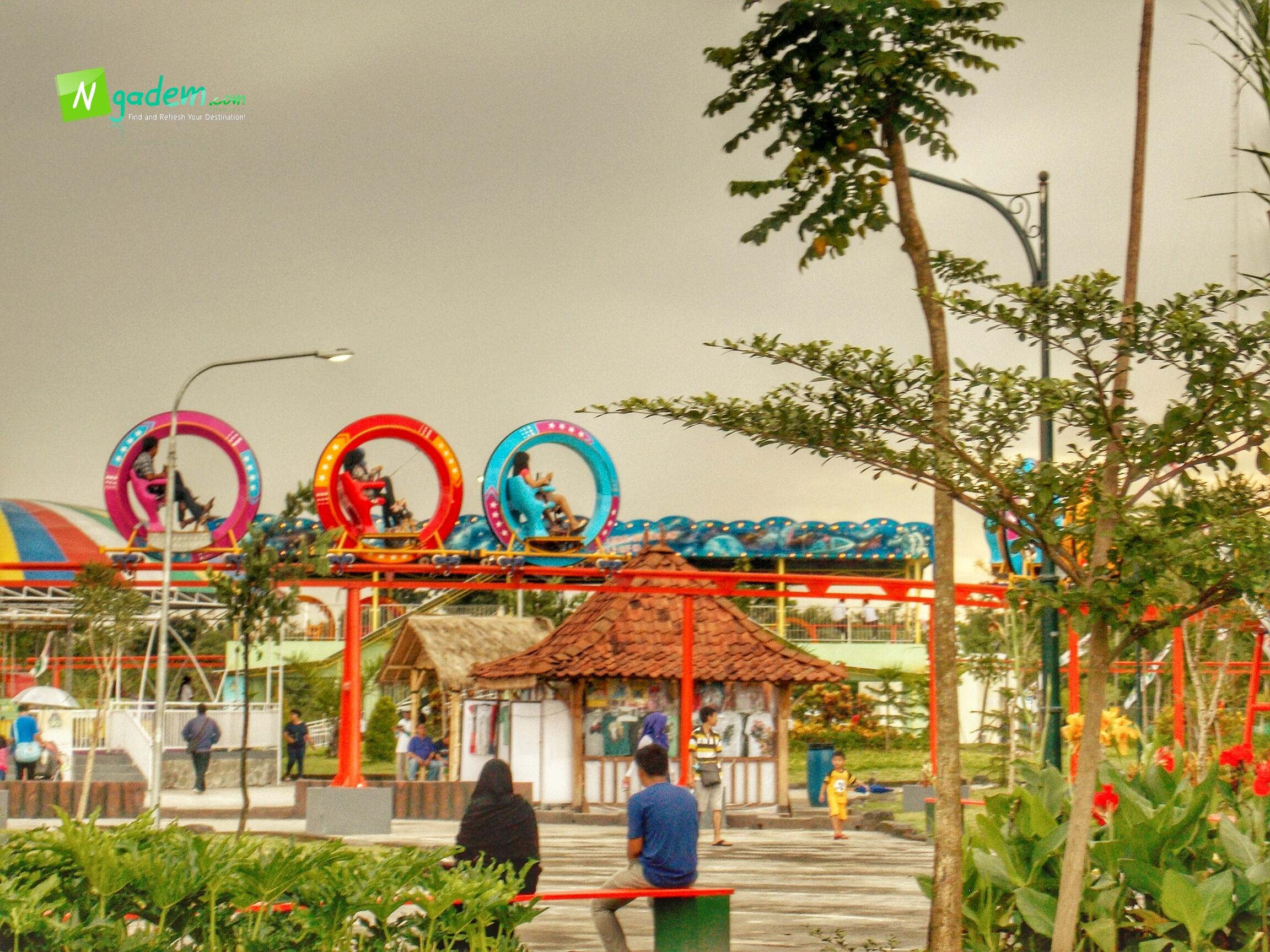 Mengakhiri Weekend Sindu Kusuma Edupark Yogyakarta Ngadem Wahana Outdoor Park