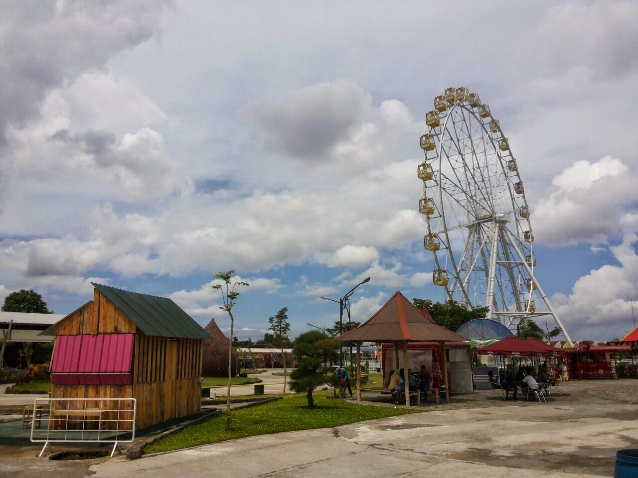 Trip Sindu Kusuma Park Jogja Andhika Blog Bianglala Raksaksa Kece