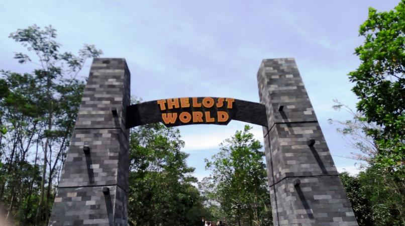 Harga Tiket Masuk Lost World Castle Mei 2018 Pintu Gerbang