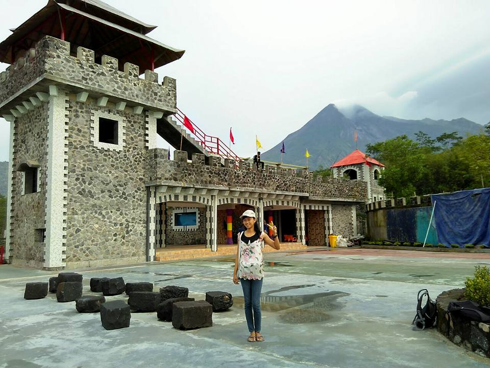 Lost World Castle Indonesia Destination Kab Sleman