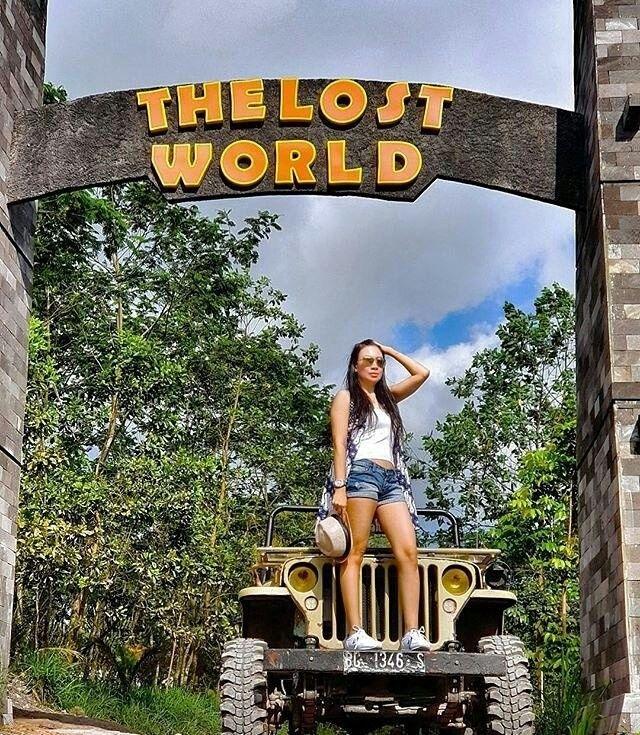 Lost World Castle Rekomendasi Wisata Kekinian Seru Lereng Merapi Tertarik