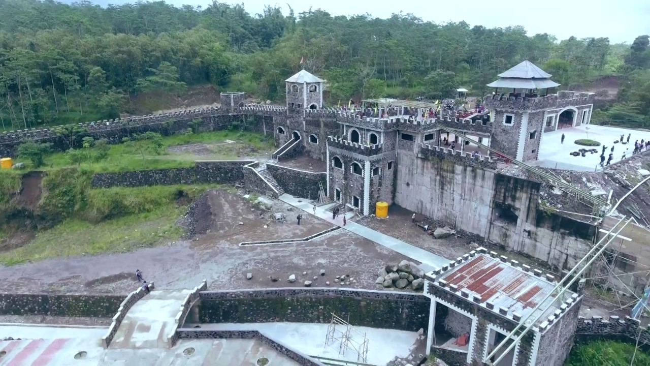 Lost World Castle Sleman Yogyakarta Indonesia Youtube Kab