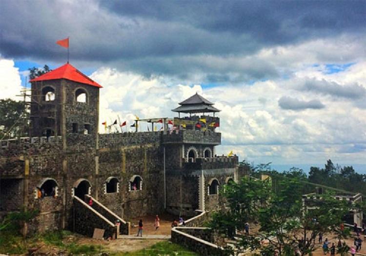 Lost World Castle Yogyakarta Wisata Seru Kekinian Kab Sleman
