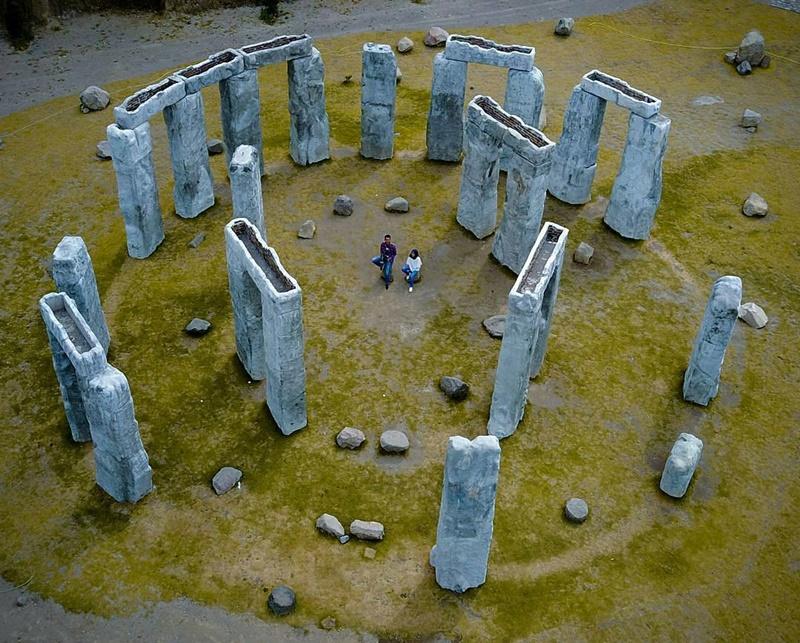 Obyek Wisata Hits Lost World Castle Jogja Kaliurang Stonehenge Fery