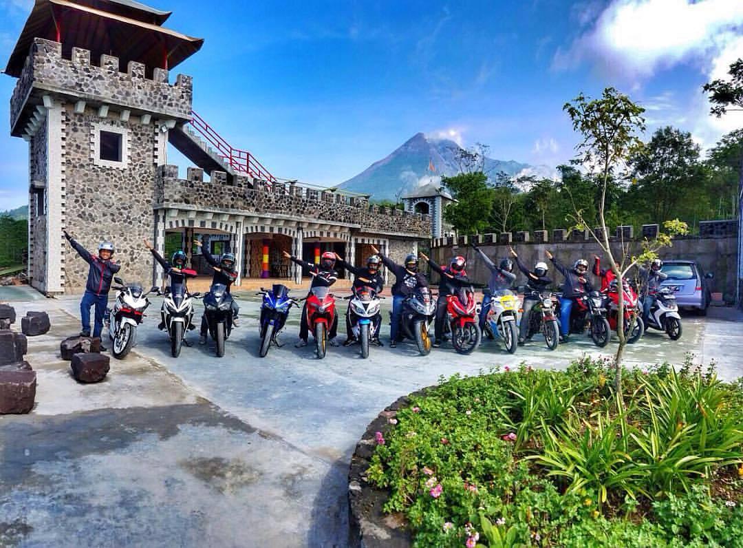Wisata Hits Jogja 2017 Lost World Castle Cangkringan Wefie Kelompok