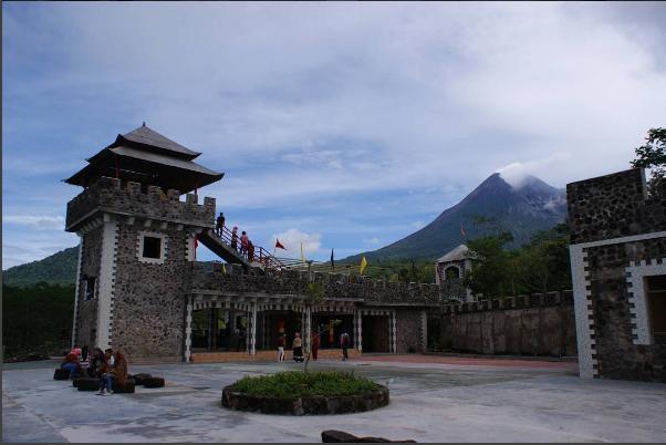 Wisata Lost World Castle Sleman Ratna Pratiwi Berkunjung Kekinian Yogyakarta