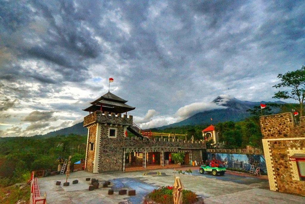 Wisata Lost World Castle Yogyakarta Sukita Id Kab Sleman