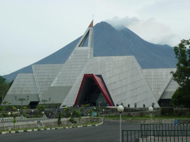 Liburan Yogyakarta 5 Wisata Alam Kabupaten Sleman Bisa Museum Gunung