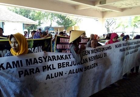 Breaking News Pkl Alun Sragen Gelar Aksi Turun Jalan Wisata