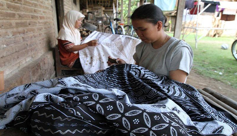 10 Destinasi Menarik Sragen Genpi Desa Wisata Batik Kliwonan Foto