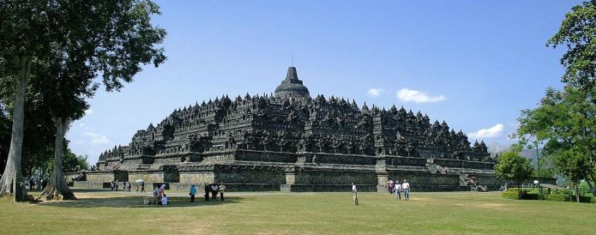 Daftar Lengkap Tempat Wisata Jawa Tengah Villa Anyer Carita Ganesha