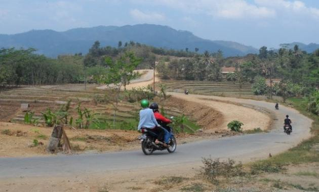21 Daftar Tempat Wisata Sragen Jawa Tengah Menarik Gunung Tugel