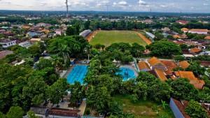 Wisata Buatan Fasilitas Kolam Renang Sragen Walker Doeng Kab