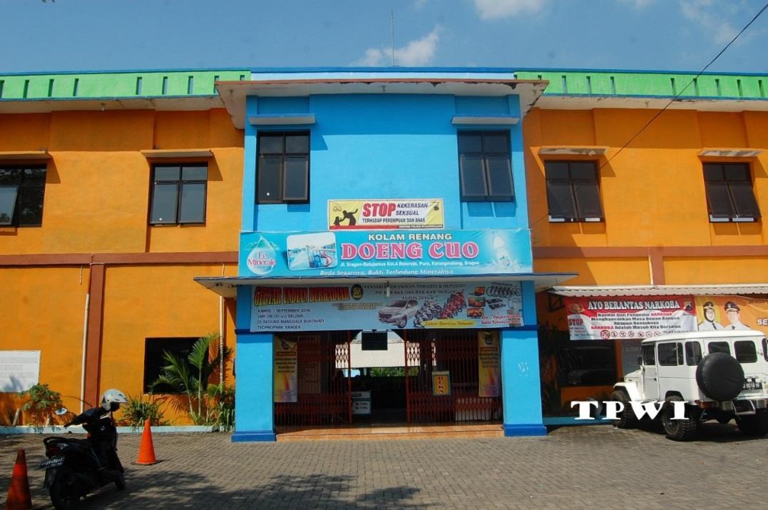 Wisata Indonesia Kolam Renang Kartika Daeng Cuo Tpwi 160916 Dsc
