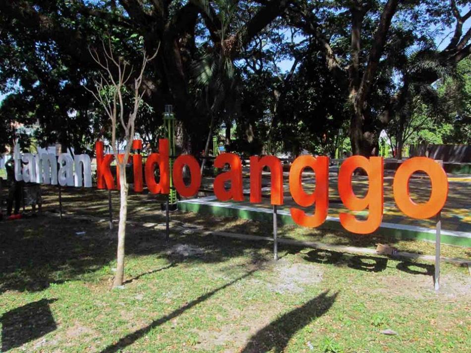 15 Tempat Wisata Hits Sragen Pilihan Travelers Taman Kridoanggo Kolam