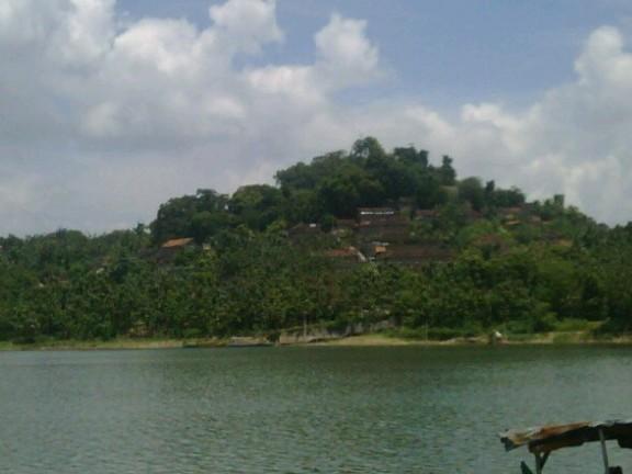 10 Destinasi Ciamik Sragen Bikin Kamu Makam Pangeran Samudera Gunung