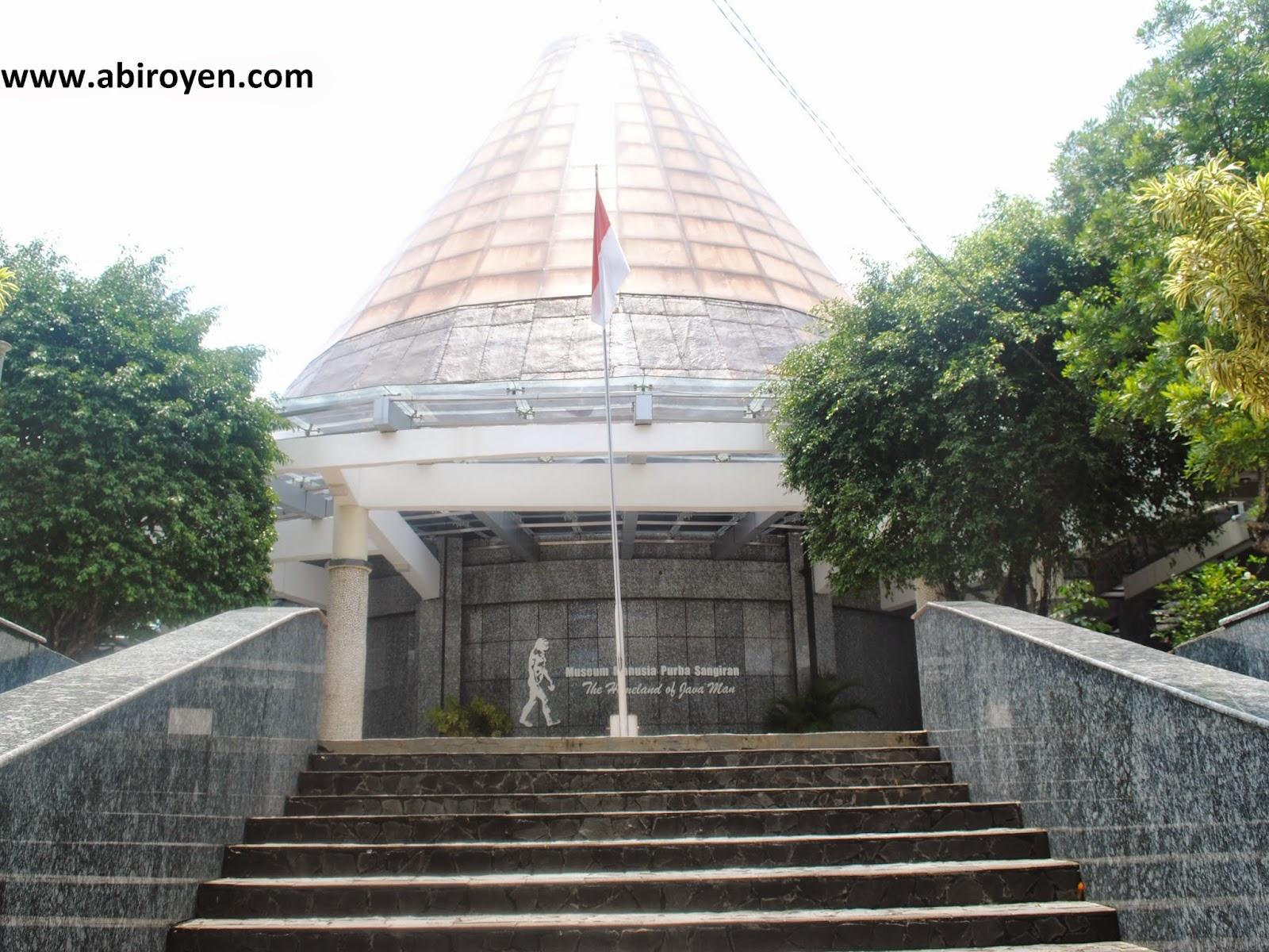 Wisata Indonesia Museum Prasejarah Sangiran Kab Sragen