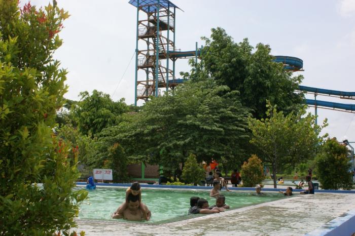 Ndayu Alam Asri Park Karangmalang Sragen Central Java Wisata Taman
