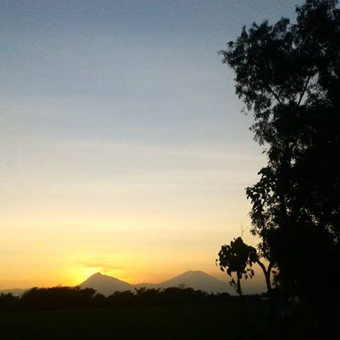 Images Exploresukoharjo Instagram Gunung Merapi Kiri Merbabu Kanan Dilihat Wilayah