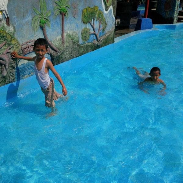 Kora Swimming Pool Purbayan Kab Sukoharjo