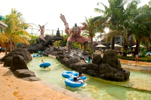 Maw Mblusuk Main Air Pandawa Water World Kab Sukoharjo