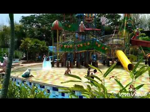 Berenang Fauzan Family Review Royal Water Adventure Sukoharjo Jawatengah Indonesia