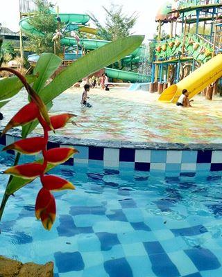 Solowaterpark Instaview Xyz Search View Download Instagram Ap Menikmati Keseruan