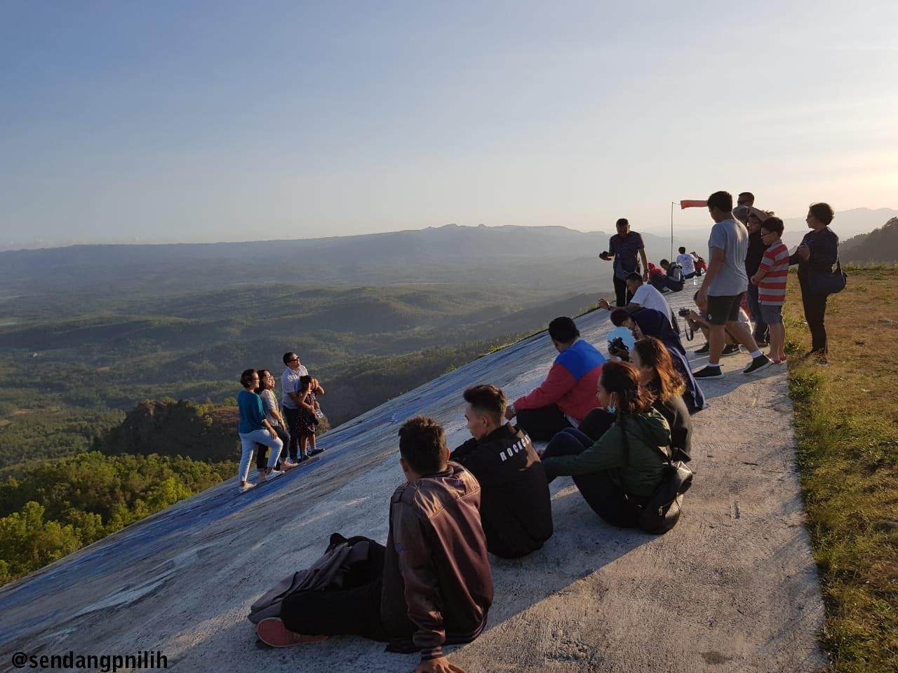 Sendang Pinilih Suasana Pengunjung Destinasi Kab Sukoharjo