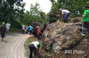 Wisata Wonogiri Tingkatkan Keamanan Pengunjung Warga Sendang Dusun Prampelan Desa