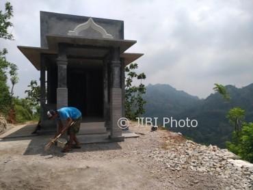 Wisata Wonogiri Watu Cenik Puncak Joglo Soko Gunung Jadi Pengurus
