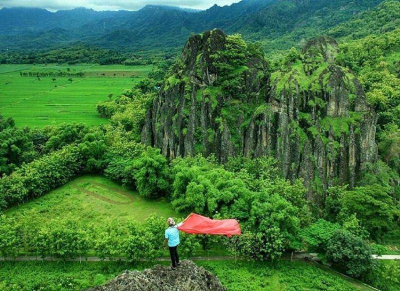 Panorama Alam Kabupaten Sukoharjo Fuadnurhasan Net 1 Gunung Sepikul Umbul