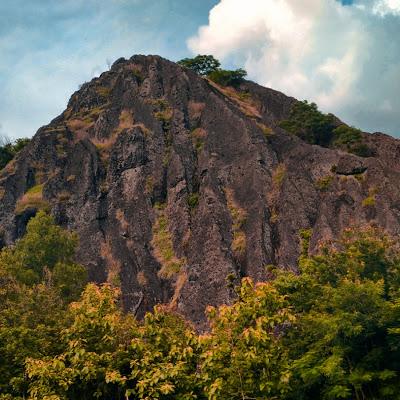 Wisata Batu Seribu Sukoharjo Sejarah Obyek Gambar Terkait Umbul Pecinan