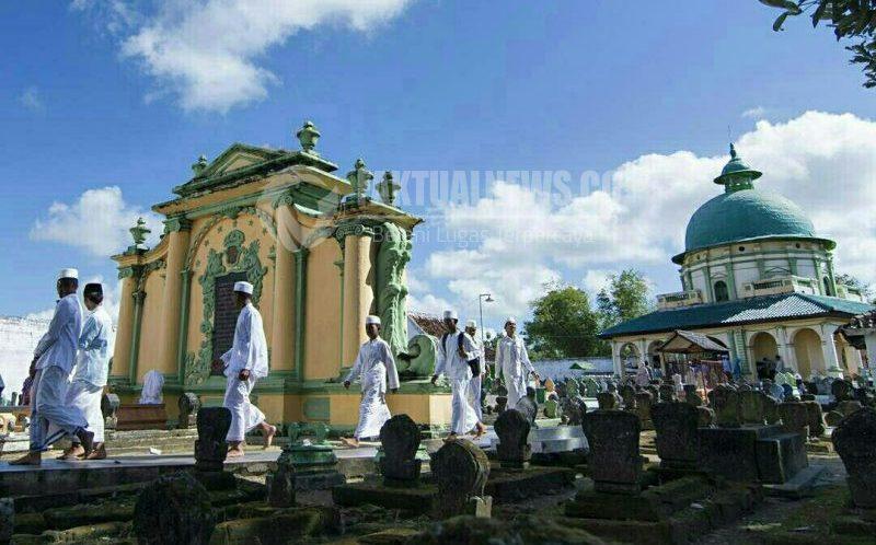 Makam Asta Tinggi Sayid Yusuf Sumenep Jadi Primadona Wisatawan Panaongan