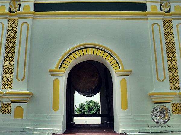 Bedug Masjid Jami Sumenep Blogger Plat Madura Agung Kab