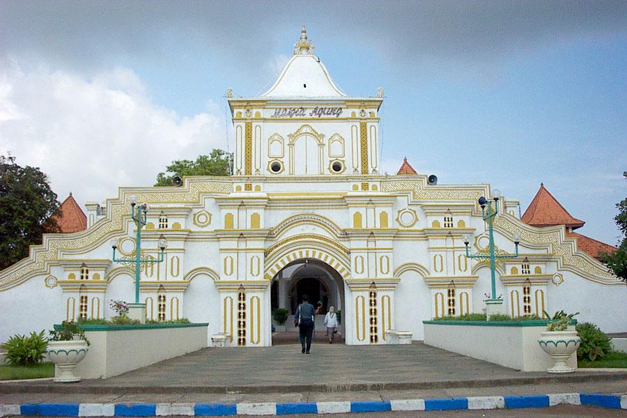 Blog Verry Andreyan Masjid Agung Sumenep Kab