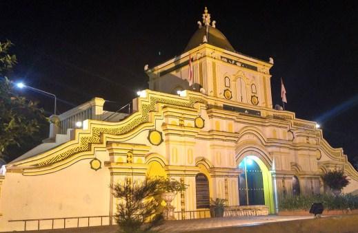 Daftar Objek Tempat Wisata Madura Bangkalan Sumenep Pamekasan Masjid Agung
