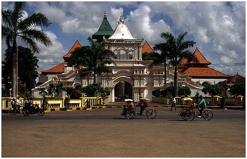 Foto Icon Sumenep Duabulankemudian Masjid Agung Kab