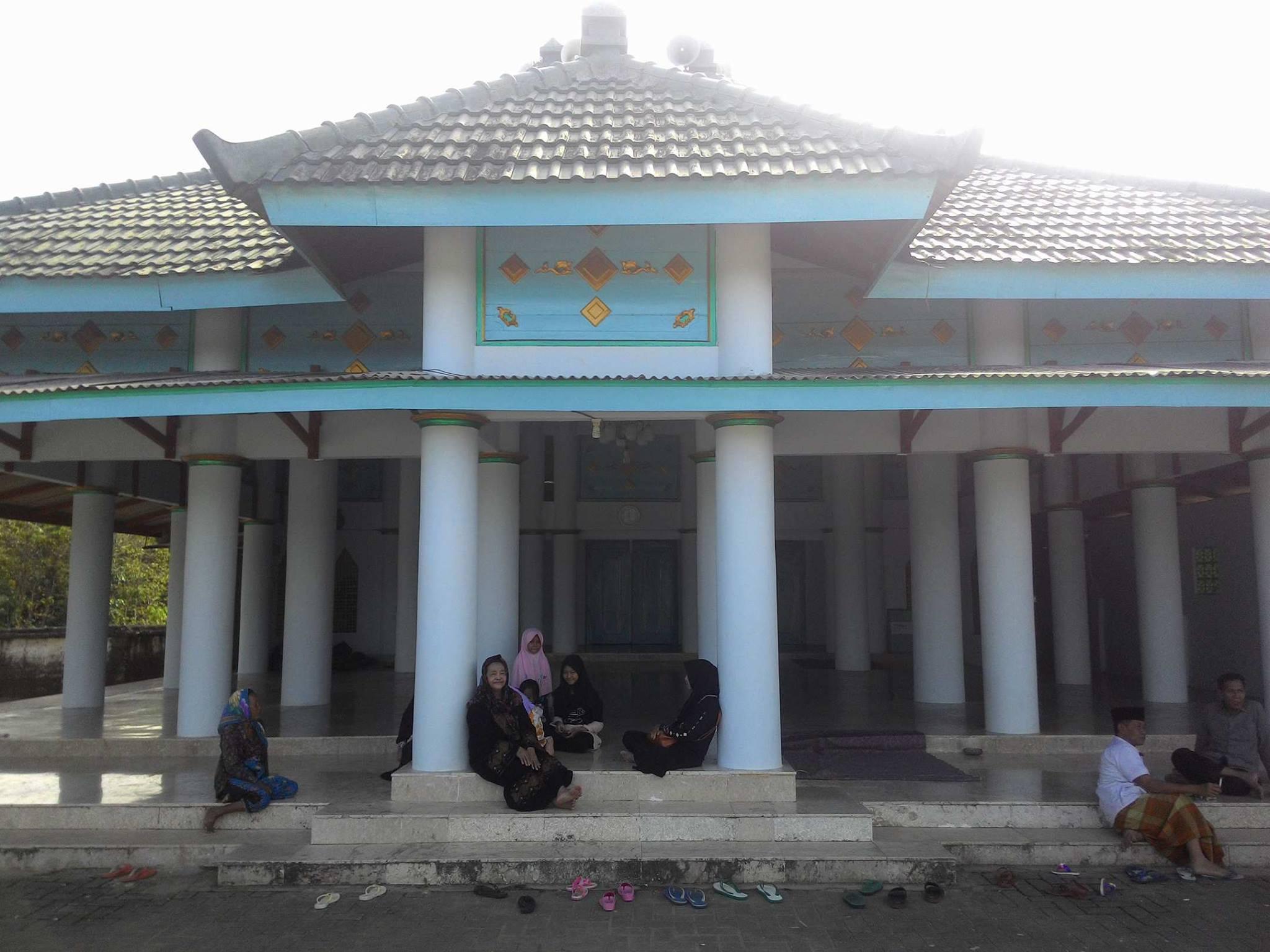 Kabupaten Sumenep Masjid Agung Batuampar Lebih Tua Kab