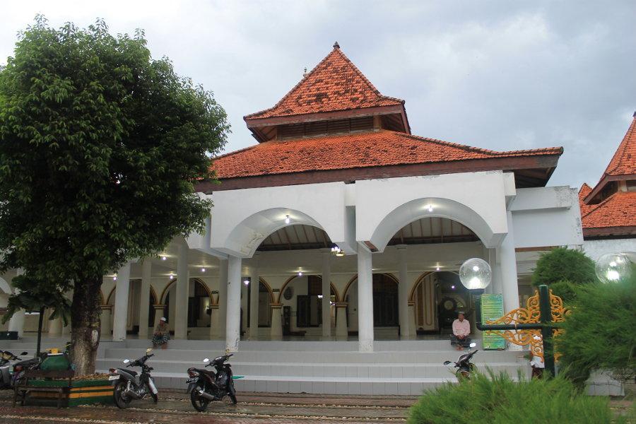 Masjid Agung Sumenep Tertua Madura Bocah Petualang Halaman Kab
