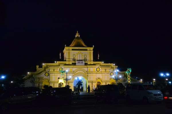 Masjid Agung Sumenep Wasiat Aria Asirudin Natakusuma Lintas Secara Administrative