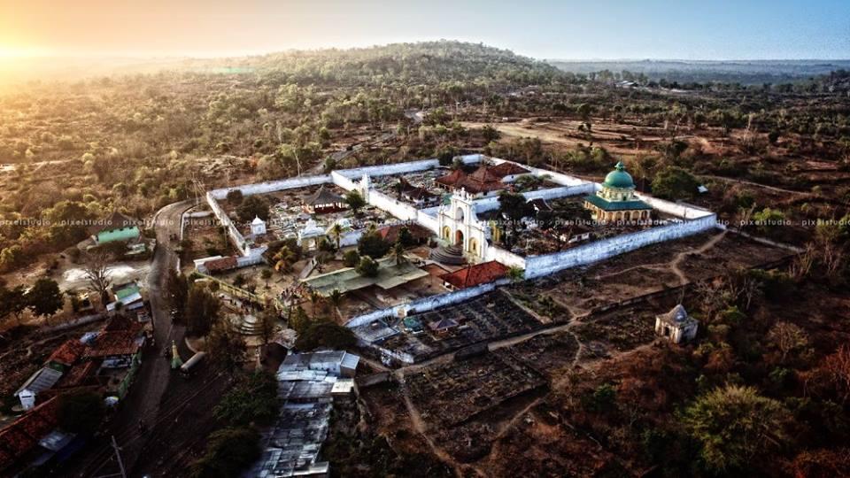 Menikmati Keindahan Sumenep Atas Langit Portalmadura Masjid Agung Kab