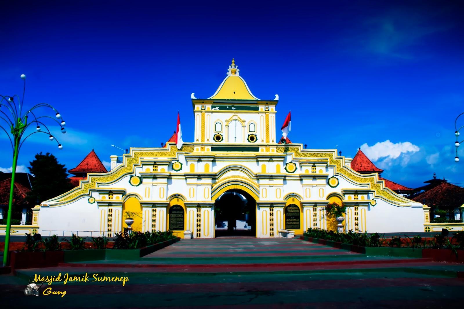 Penamerah Potensi Wisata Kota Sumenep Masjid Agung Kab