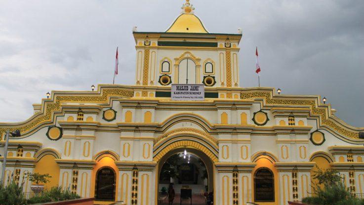 Uniknya Masjid Agung Sumenep Gabungan Beragam Etnis Rooang 001 Kab