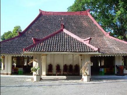 Dayat Ashari Akulturasi Budaya Keraton Sumenep Museum Kab
