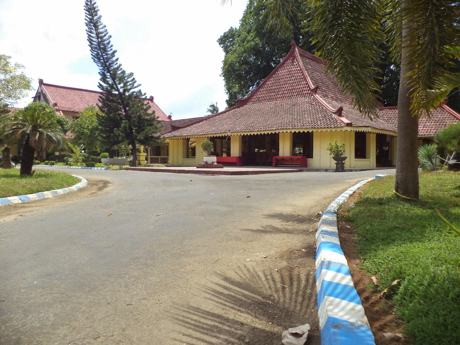 Kampung Madura April 2015 Museum Keraton Sumenep Dikelola Oleh Pemerintah
