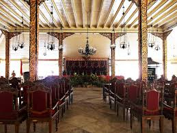 Sumenep Ikon Kerajaan Islam Madura Informasi Museum Keraton Kab