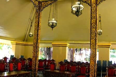 Walk Museum Keraton Sumenep Jawa Timur Kab