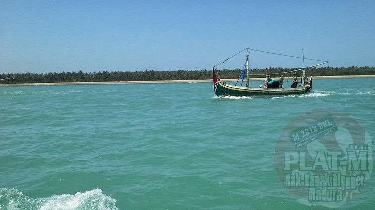 Ekspedisi Wisata Oksigen Tertinggi Dunia Pulau Gili Iyang Perjalanan Menuju