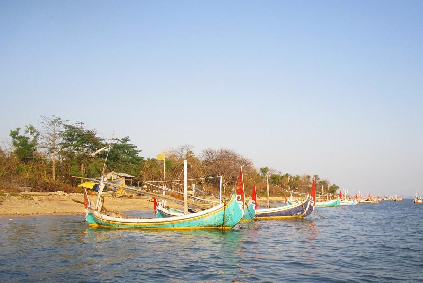 Menghirup Oksigen Terbaik Dunia Gili Iyang Republika Online Perahu Berjejer
