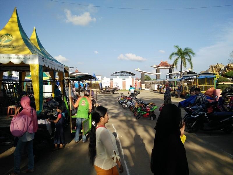 Daerah Keluh Kesah Pkl Taman Adipura Sumenep Pasca Direlokasi Kota